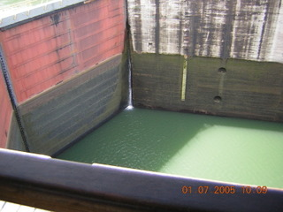 Panama%20Canal%20Gatun%20Locks%20lower